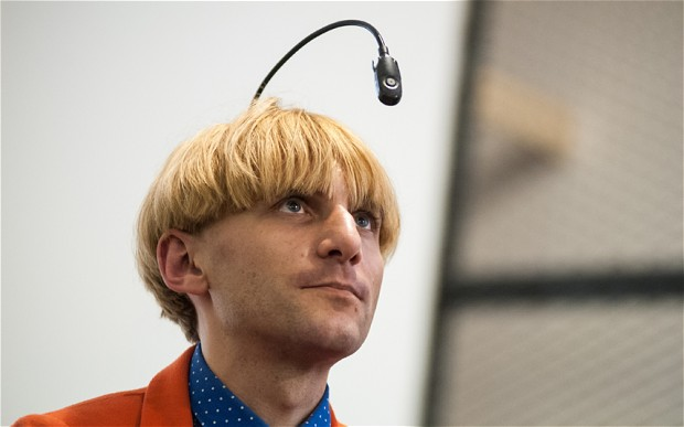 Neil-Harbisson_2853698b